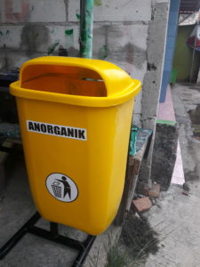 Supplier Tong Sampah Fiber